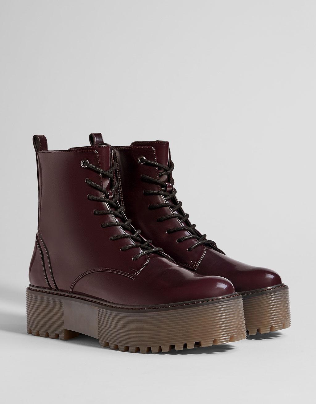 Chaussure compensée bershka