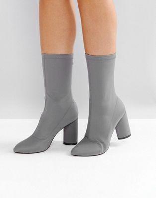 Bottines chaussettes talon