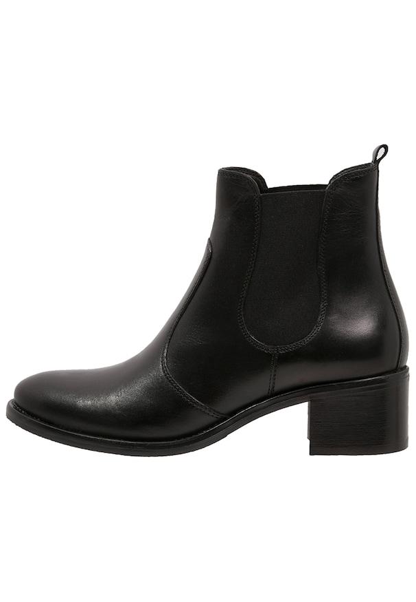 Boots cuir noir femme