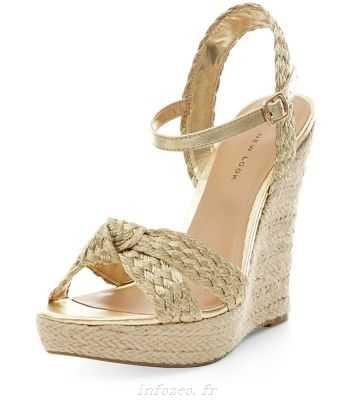 Chaussure compensée doree