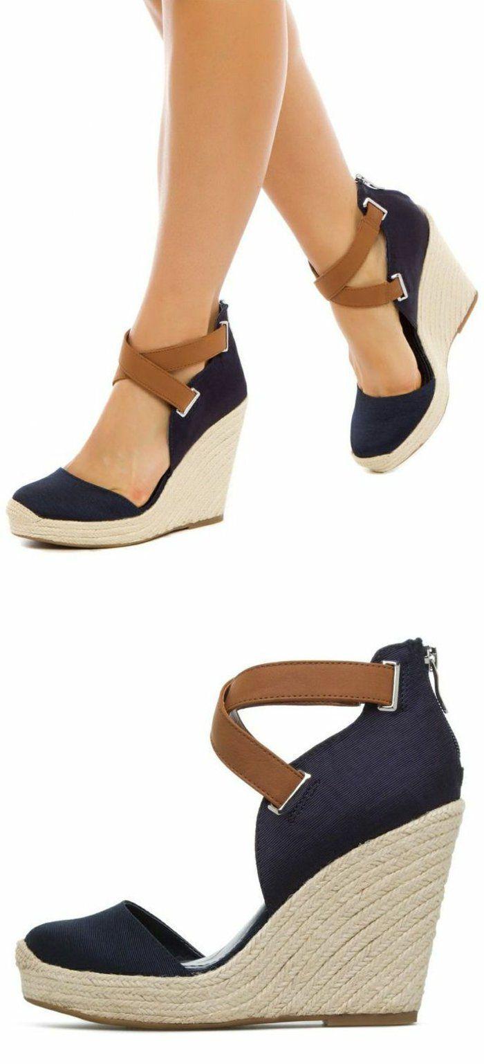 Chaussure compensée bleu femme