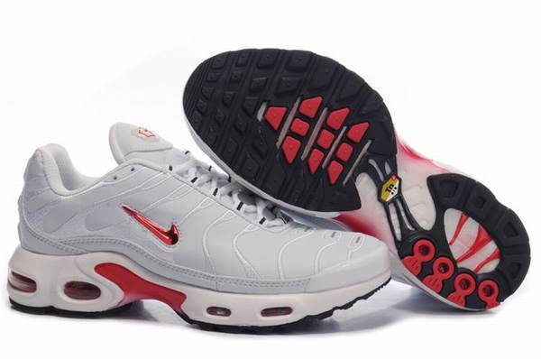 Nike requin pas cher