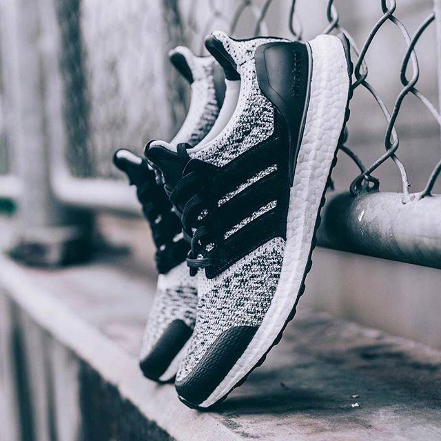 Sneakersnstuff social status ultra boost
