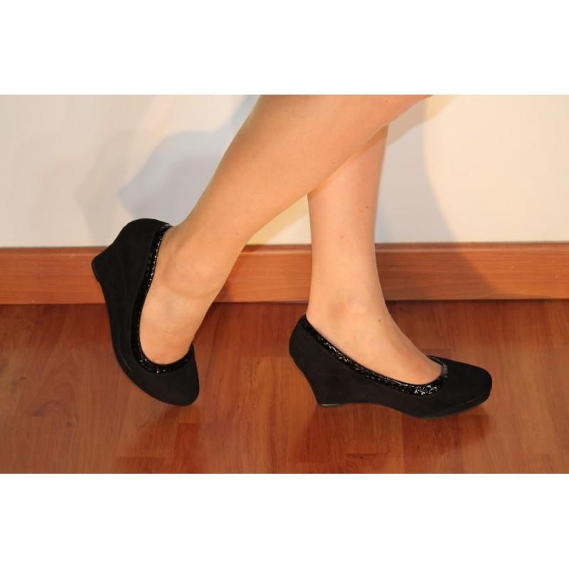 Chaussures femmes compensées daim