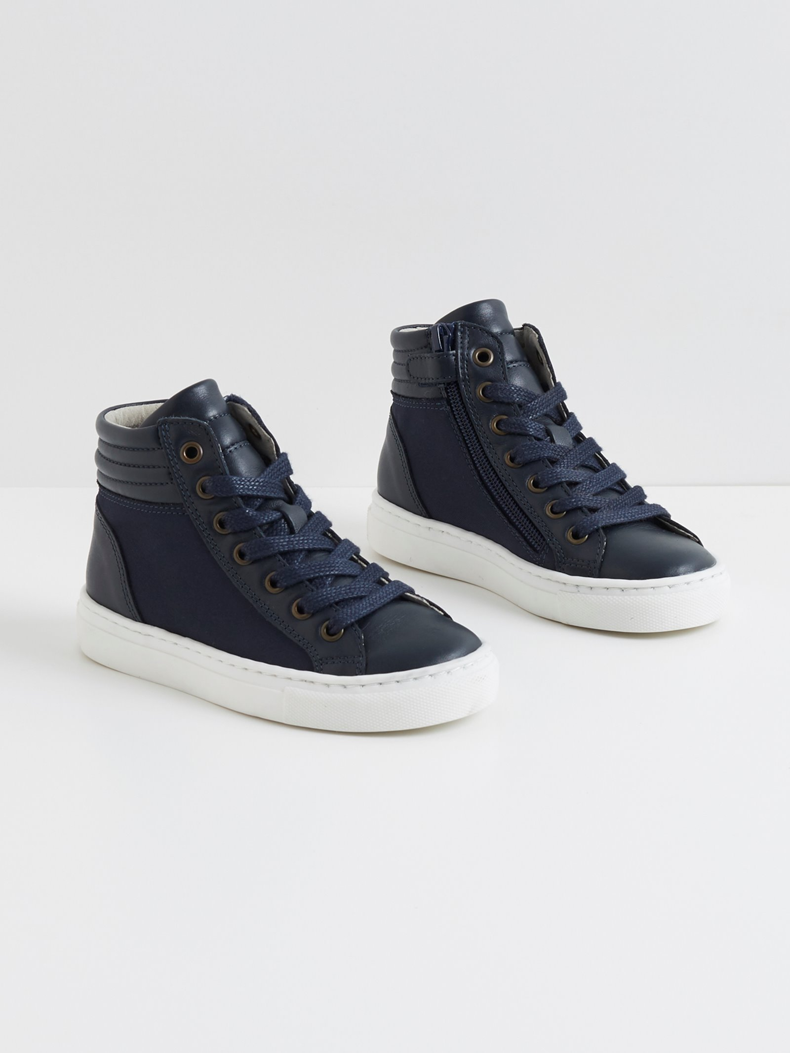 Chaussure de ville synonyme