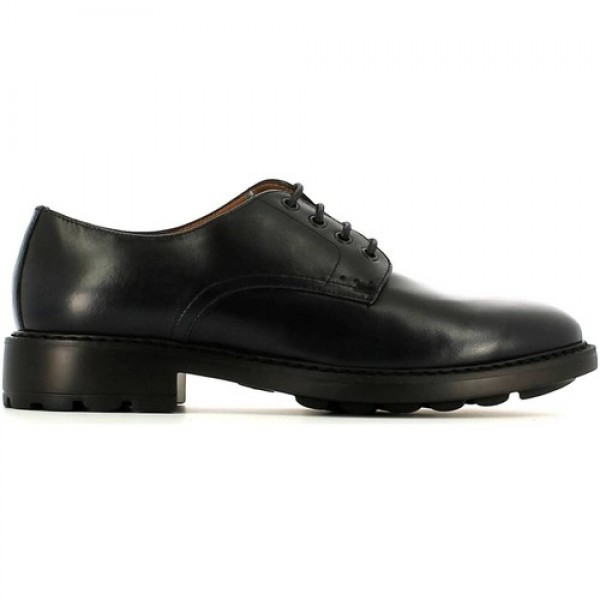Chaussure de ville homme a la mode