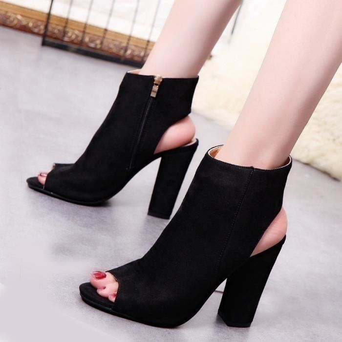 Chaussure femme bottine ouverte