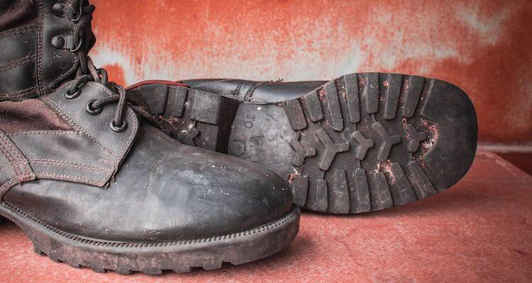 Chaussure de securite homme haute legere