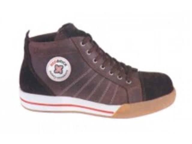 Chaussure de sécurité type basket